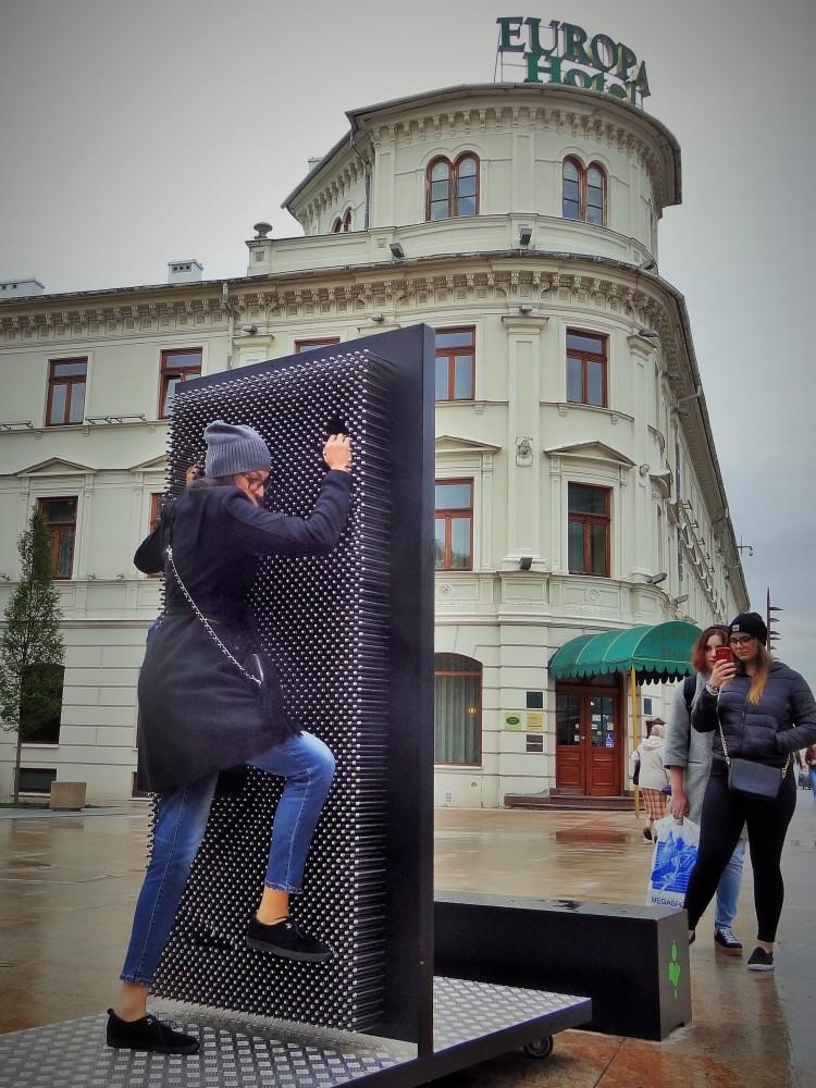 Pin Art na Placu Litewskim w Lublinie